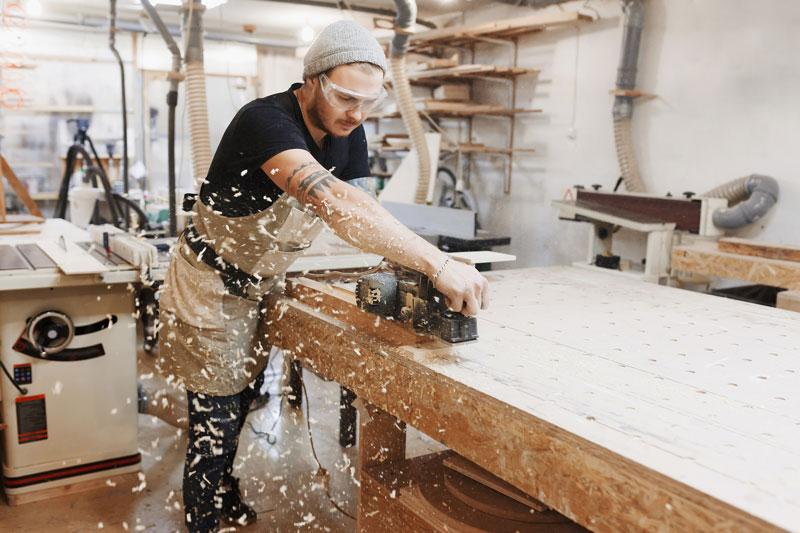 Aus eigener Herstellung. Innenausbau Schütz aus Tütschengereuth bei Bamberg. Ihr Kompetenter Partner.